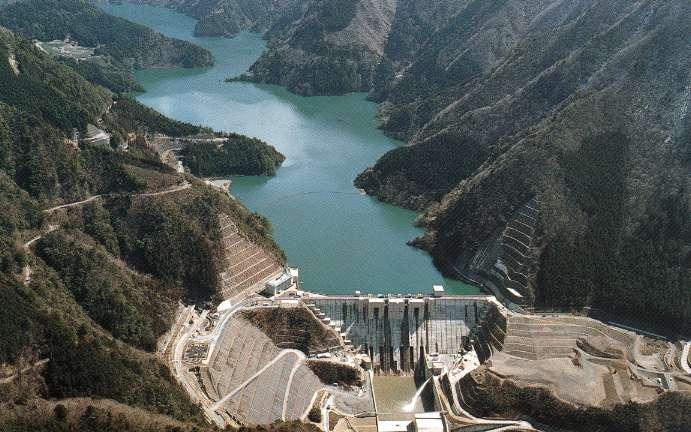 2001・7月号表紙・長島ダム
